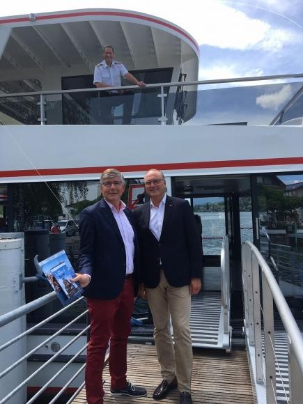 SNG-Präsident Daniel Medici begrüsst René Rossé, Präsident RC Schwyz